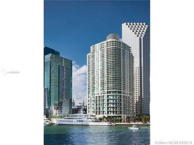 Met 1, Met 1 Condo, Met 1 Condominium, Met 1 Condo`, Met 1 Miami Rental For Rent: 300 S Biscayne Blvd #T-3410