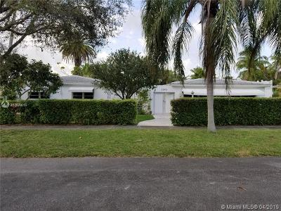 Hollywood Single Family Home For Sale: 1301 N 35th Ave