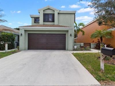 Coconut Creek Single Family Home For Sale: 2150 NW 33rd Ter