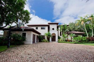 Coral Gables Single Family Home For Sale: 610 Blue Rd
