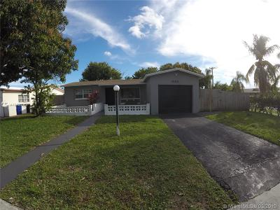 Lauderdale Lakes Single Family Home Active With Contract: 5190 NW 41st St