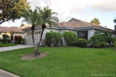 Delray Beach Single Family Home For Sale: 4780 Sherwood Forest Dr