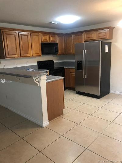 Coral Springs Condo For Sale: 11633 NW 23rd Ct #11633