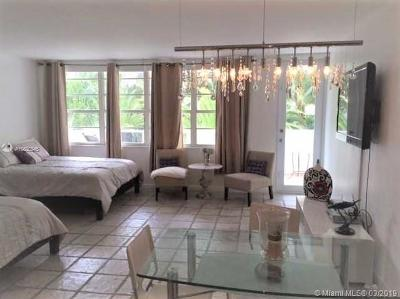 Decoplaage, Decoplage, Decoplage Condo, Decoplage Condominium, The Deco Plage Condo, The Decoplage, The Decoplage Condo, The Decoplage Condominium Rental For Rent: 100 Lincoln Rd #430