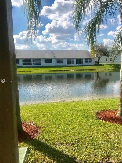 Tamarac Condo Active With Contract: 5963 Glasgow Way