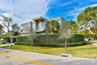 Key Biscayne Single Family Home For Sale: 400 Glenridge Rd