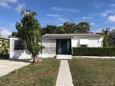 North Miami Single Family Home For Sale: 305 NW 130th St