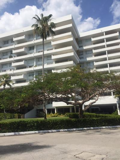 Key Biscayne Condo For Sale: 155 Ocean Lane Dr #305