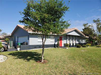 Coral Springs Single Family Home For Sale: 3700 NW 114th Ln