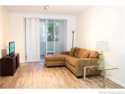 Sunny Isles Beach Condo For Sale: 17100 N Bay Rd #1412