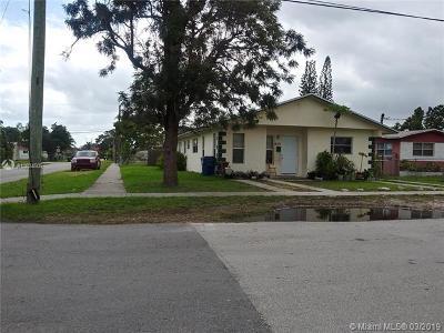 North Miami Beach Multi Family Home For Sale: 450 NE 171 Ter
