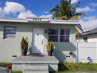 Hollywood Single Family Home For Sale: 5605 Mayo St