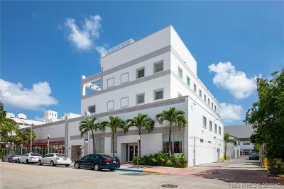 Miami Beach Commercial For Sale: 560 Lincoln Rd #SUITE 30