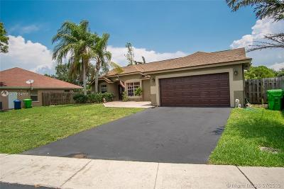 Sunrise Single Family Home For Sale: 1156 SW 149th Ln