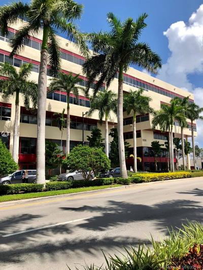 Bay Harbor Islands Commercial For Sale: 1111 Kane Concourse #311