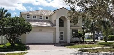 Pembroke Pines Single Family Home For Sale: 14372 NW 14th Ct