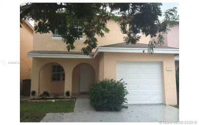 Deerfield Beach Condo For Sale: 4033 Eastridge Dr