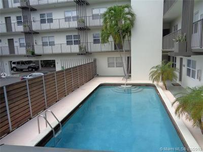 Fort Lauderdale Condo For Sale: 609 NE 13th Ave #201