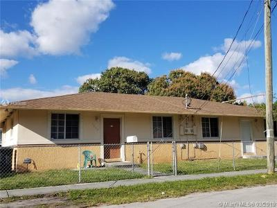 North Miami Multi Family Home For Sale: 1209 NE 136th Ter