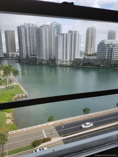 Rental For Rent: 801 Brickell Bay Dr #1171