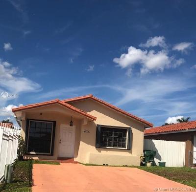 Hialeah Gardens Single Family Home For Sale: 8811 NW 112 Te
