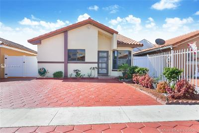 Hialeah Single Family Home For Sale: 2610 W 74th Ter