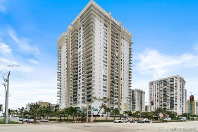Hollywood Condo For Sale: 2101 S Ocean Dr #701