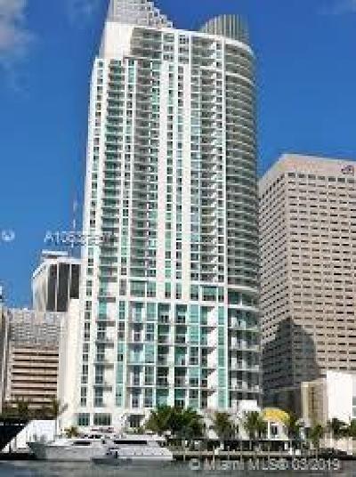 Met 1, Met 1 Condo, Met 1 Condominium, Met 1 Condo`, Met 1 Miami Rental For Rent: 300 S Biscayne Blvd #L-628