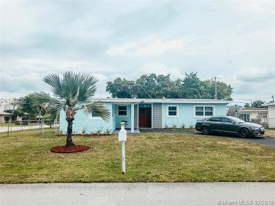 Single Family Home For Sale: 5700 SW 54th Ter
