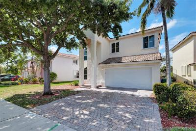 Pembroke Pines Single Family Home For Sale: 2230 NW 77th Ter