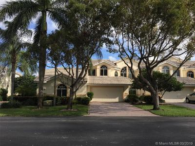 Pompano Beach Condo For Sale: 636 W Palm Aire Dr #636