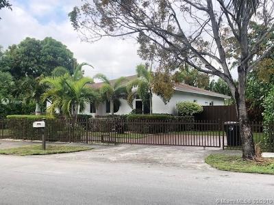 North Miami Beach Single Family Home For Sale: 351 NE 180th Dr