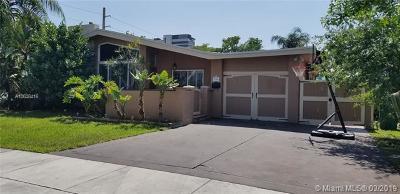 Miami Single Family Home For Sale: 2590 NE 200th St