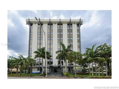 North Miami Commercial For Sale: 12550 Biscayne Blvd #405