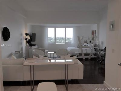 Miami Beach Condo For Sale: 2301 Collins Ave #1632