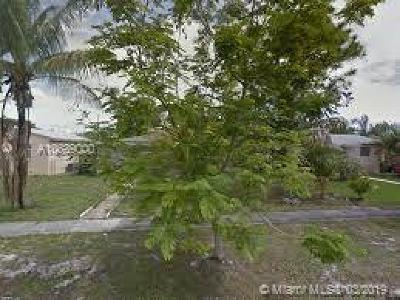 North Miami Single Family Home For Sale: 1285 NW 128th St