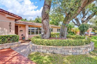 Miami Single Family Home For Sale: 2031 NE 196th Ter
