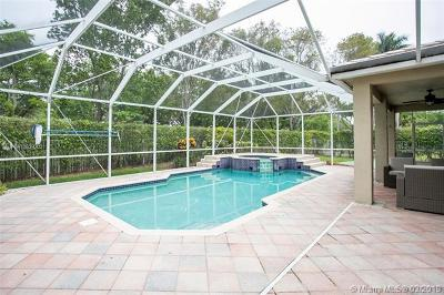 Weston Single Family Home For Sale: 4094 Cinnamon Way