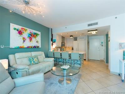 Miami Beach Condo For Sale: 6515 Collins Ave #601
