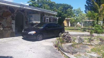 North Miami Single Family Home For Sale: 1525 NW 127th St