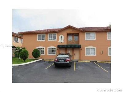 Hialeah Gardens Condo For Sale: 8446 NW 103rd St #101D
