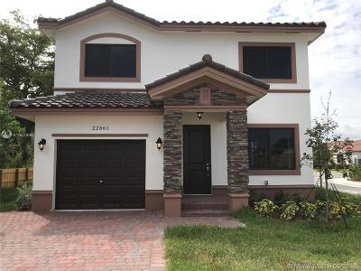 Miami Single Family Home For Sale: 22861 SW 117th Path