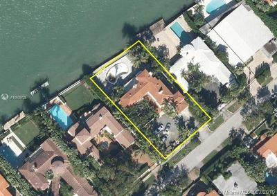 Miami Beach Single Family Home For Sale: 4766 N Bay Rd