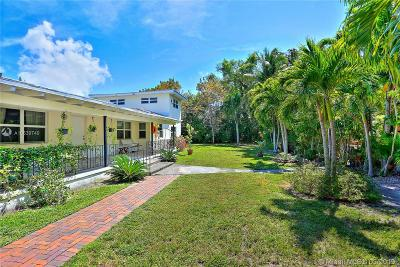 Biscayne Park Single Family Home For Sale: 1016 NE 113 St