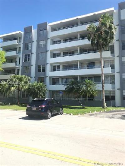 Bay Harbor Islands Rental For Rent: 1080 94th St #305