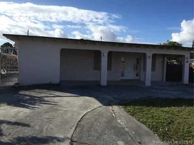 Hialeah Single Family Home For Sale: 140 E 61st St