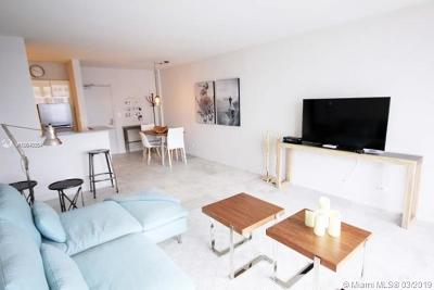 Flamingo, Flamingo South Beach, Flamingo South Beach Co., Flamingo Condo, Flamingo South Beach Cond, Flamingo South Beach I, Flamingo South Beach I Co Rental For Rent: 1500 Bay Rd #1464S