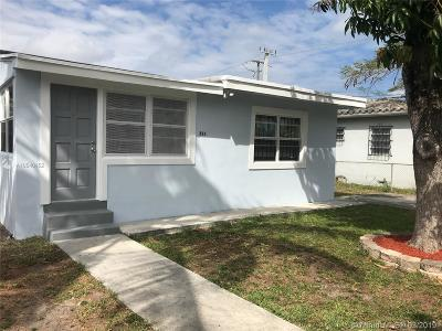 Miami Single Family Home For Sale: 811 NW 116th St