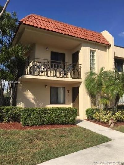 Weston Condo For Sale: 16491 Blatt Blvd #101