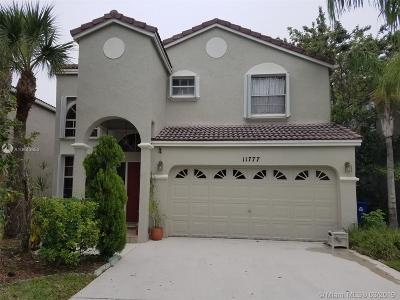 Coral Springs Single Family Home Active With Contract: 11777 NW 1st St